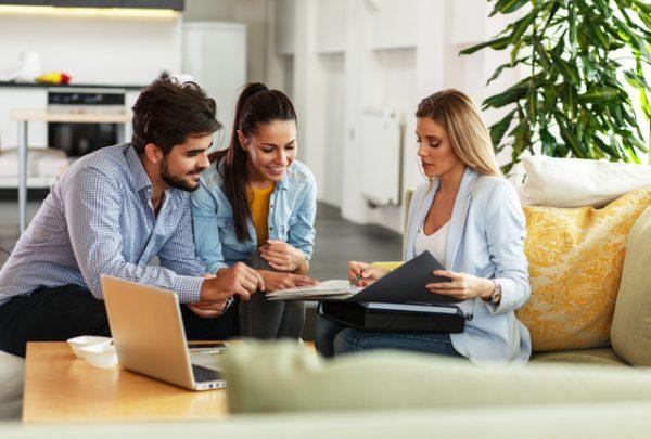Consulenti Immobiliari: Il loro ruolo nelle trattative